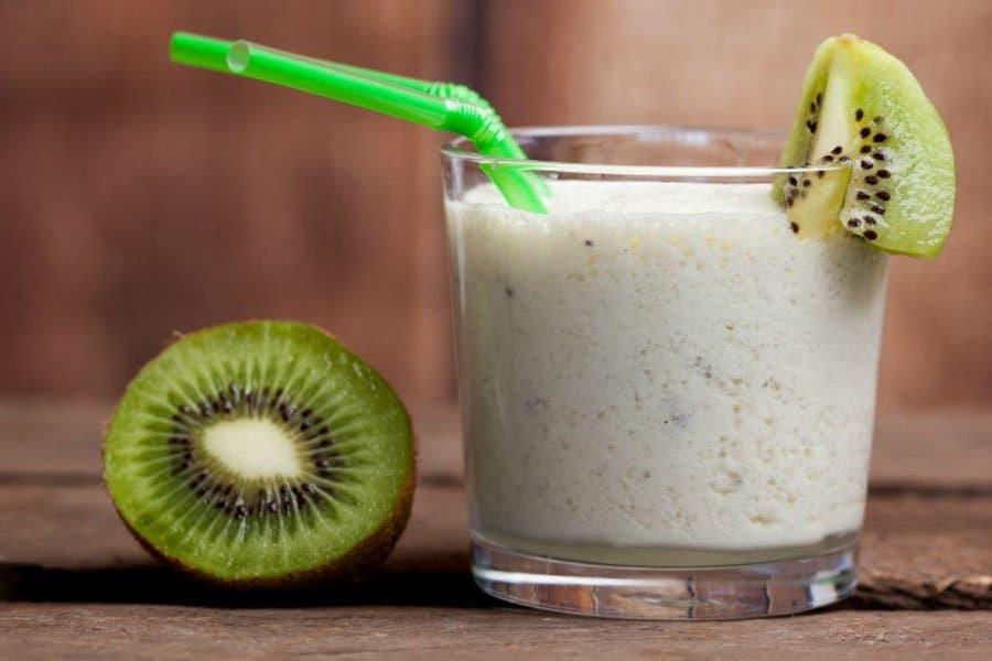 Coconut Kiwi Smoothie
